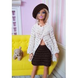 Patron d'un ensemble d'hiver au crochet pour Barbie