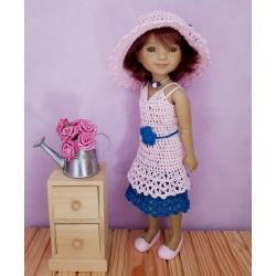 Patron d'une robe et d'un chapeau pour poupée Fashion Friends