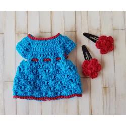 robe au crochet et barrettes pour poupée mini corolline