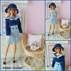 Ensemble bleu au crochet pour poupée Barbie