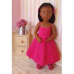 """Ensemble """"Louise"""" au crochet comprenant une robe estivale, une paire de chaussures et des barrettes"""