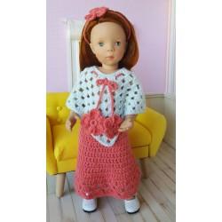 Lorna, tenue d'hiver au crochet composée d'une jupe longue, d'un poncho et d'un serre-tête